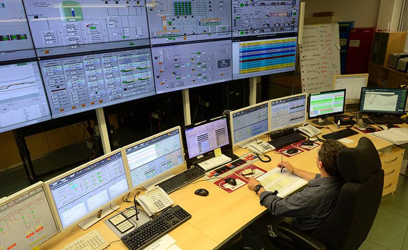 Operations Technology e Information Technology